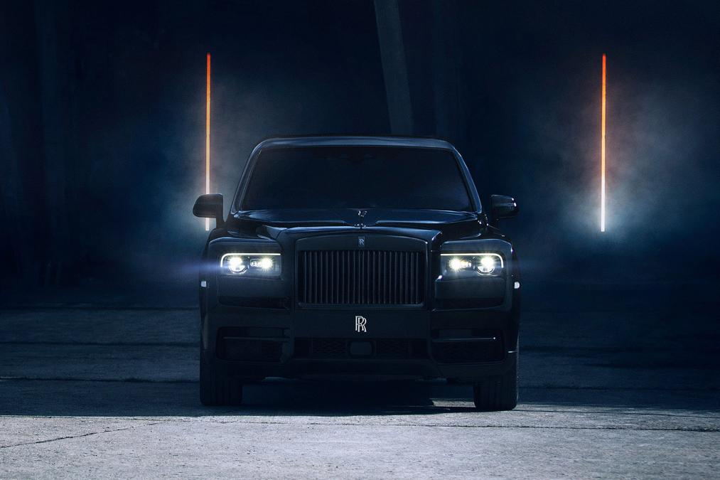 2019 rolls royce cullinan black badge 1